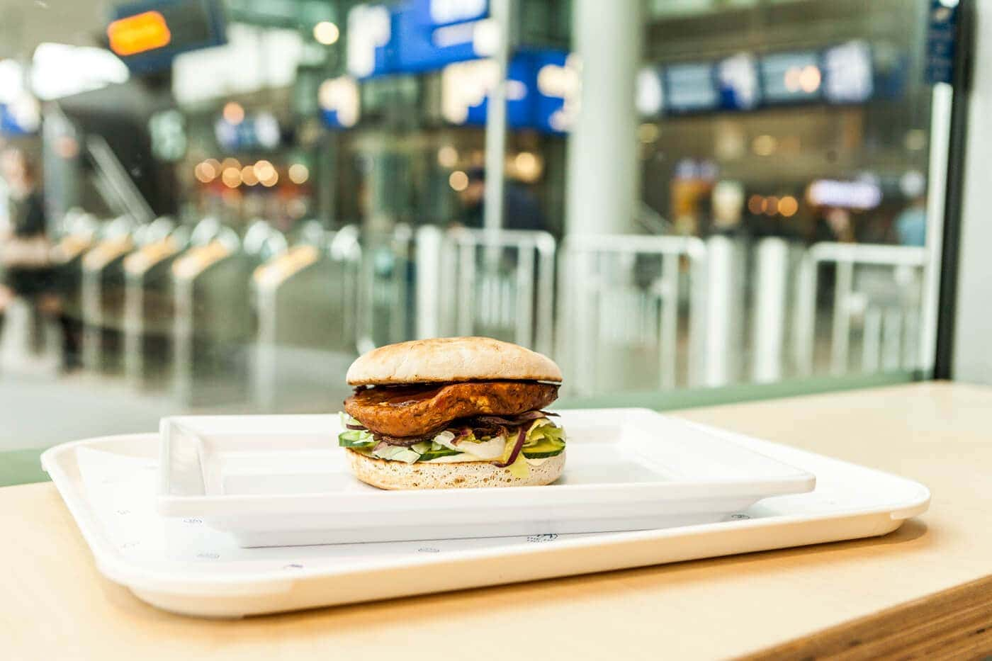 The Hen House Rotterdam Centraal Station Fast Food Kip