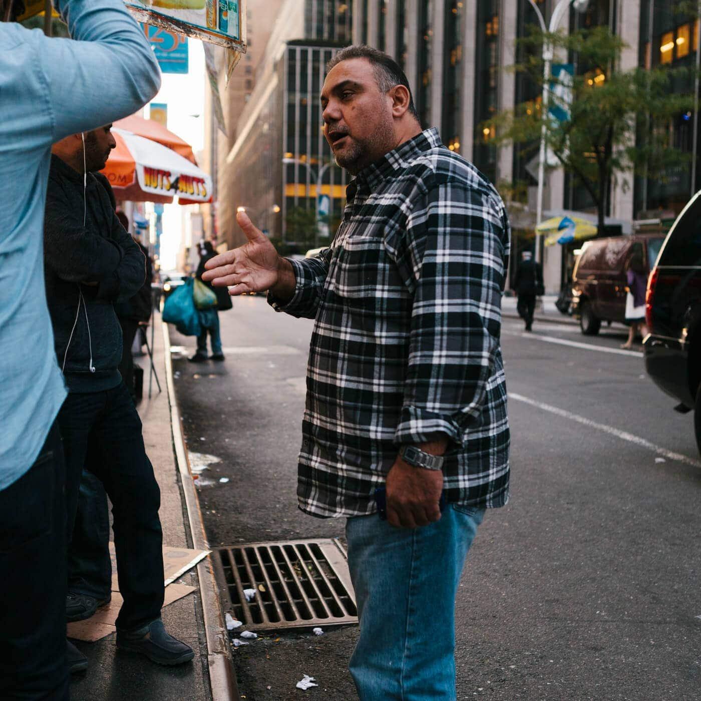 new-york-fotografie-straatfotografie-man-verkoper