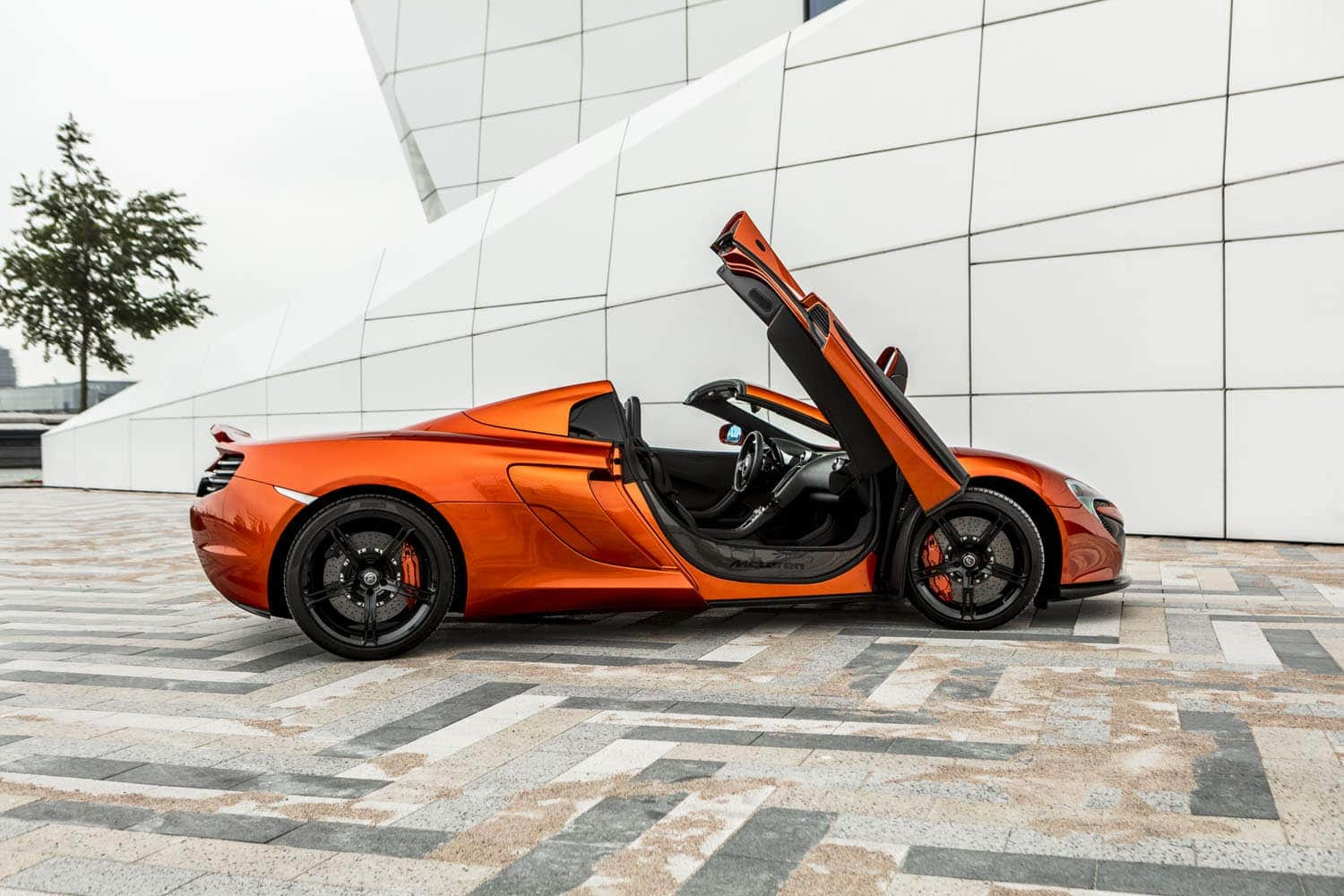 Mclaren 650S Spider Doors Up